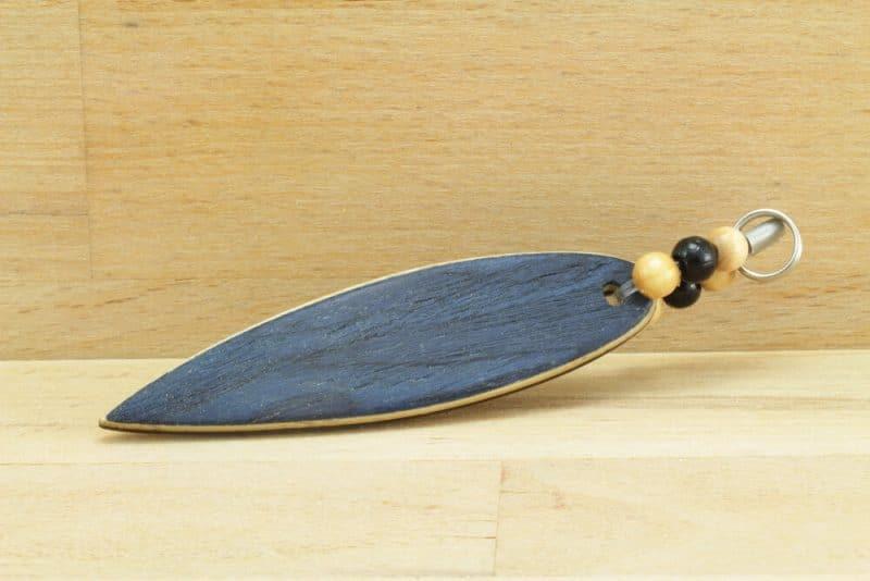 Surfboard.blaueperlen.schluesselanhaenger.Vogelaugen-blau.2