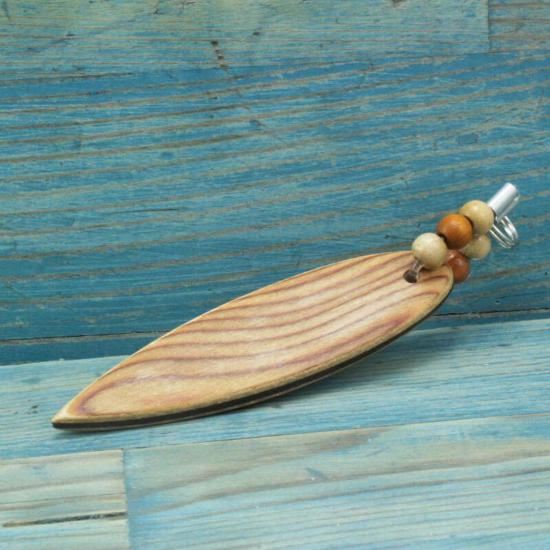 Surfboard.blaueperlen.schluesselanhaenger.kirsche-Maser-1