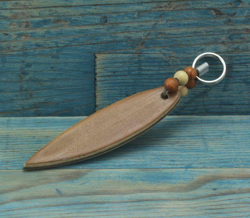 Surfboard.blaueperlen.schluesselanhaenger.kirsche.2